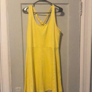 H&M Cross-back yellow dress